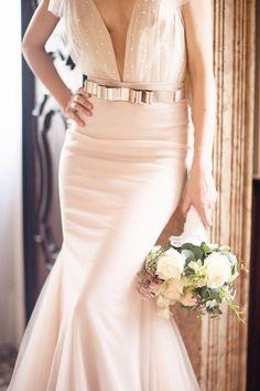 Metallic bow belt | Read More: http://www.stylemepretty.com/little-black-book-blog/2014/07/15/elegant-venice-wedding-inspiration/ | Photography: lightandlacephotography.co.uk | Planning: weddingsinitaly.it/ | Florals: fantinfiori.com