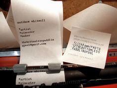 Die Visitenkarte ist traditionell ein kleines Kärtchen, auf dem der Name und weitere Informationen zur Person, wie etwa die Anschrift, Telefon- und Faxnummer sowie die E-Mail-Adresse stehen. Beim ersten Kontakt mit einem möglichen Geschäftspartner wird sie ausgetauscht, um die Verbindung zu festigen.