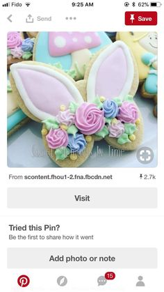 Rabbit ears and flowers. Fancy Cookies, Iced Cookies, Cut Out Cookies, Cute Cookies, Easter Cookies, Holiday Cookies, Cupcake Cookies, Cupcakes, Sugar Cookies
