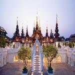 56 Wonderful Places to Honeymoon Right Now http://www.travelandleisure.com/trip-ideas/honeymoon-destinations/best-honeymoon-destinations#intro