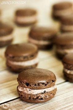Cookies n' Cream Macaron Recipe & Tutorial | JavaCupcake.com