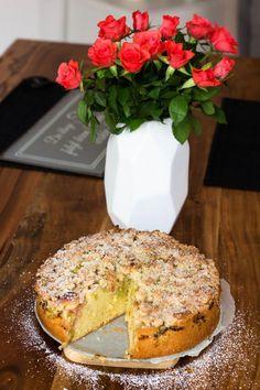 Rhabarberkuchen mit Streusel - Kaschula