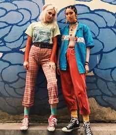 Hot Rock: punk goes to SoCal - Imgur Grunge Fashion, 90s Fashion, Fashion Outfits, Womens Fashion, Fashion Trends, 90s Grunge, Vintage Fashion 90s, Fashion History, Fashion Clothes