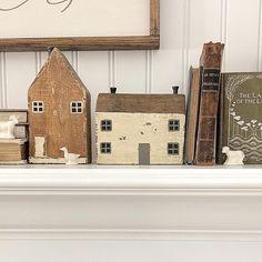 Farmhouse Chic, Vintage Farmhouse, Painted Fox Home, Beach Cottages, Little Houses, Modern Rustic, Home Art, House Design, Holiday Decor
