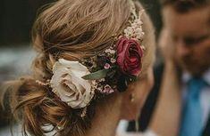 80 peinados de novia: para cabello largo y cabello corto : Foto - enfemenino Messy Wedding Hair, Wedding Updo, Tulle Wedding, Wedding Beauty, Wedding Bouquet, Chignon Bun, Messy Updo, Bohemian Style Wedding Dresses, Wedding Hairstyles With Crown