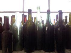 Faktkul Design, old rustic style, bottles