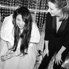 Congratulations @simonerocha_ winner of British womenswear Designer award shot by @gregwilliamsphotography with @katebeckinsale . . #fashionawards #swarovski #britishfashion #britishfashioncouncil #womanswear #designer #fashiontech #rangeroom #b2b