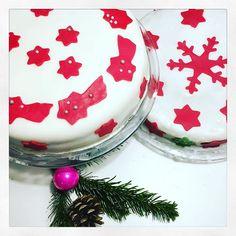 Die Weihnachtstorten sind alle aufgegessen  die Geschenke ausgepackt diehellip