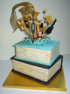 2015 - Explosion Book Cake, back view