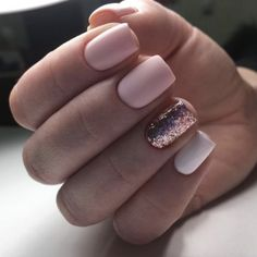 Matte pink, rose gold glitter, and white nails make for the most perfect manicure. Love the short, square shape on these stunning natural nails. Rose Gold Nails, Pink Nails, My Nails, Short Nail Manicure, Manicure E Pedicure, Short Nails, Manicure Ideas, Manicures, Nail Ideas