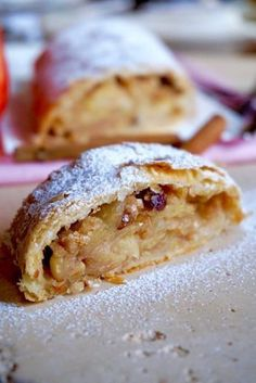 Apple Torte, Apple Cake, Strudel Recipes, Delicious Desserts, Dessert Recipes, Apple Strudel, Something Sweet, Relleno, Sweet Recipes