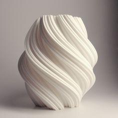 Snowflake White 3D Printed Vase, Fractal 3D printed decor, Lamp, Modern Vase, Vessel, Interior Design home decor, Math Art, Geometric Vase par MeshCloud sur Etsy https://www.etsy.com/fr/listing/209120745/snowflake-white-3d-printed-vase-fractal