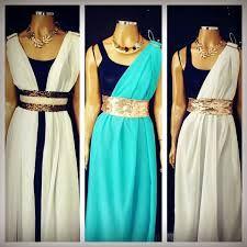 Resultado de imagem para festa do purim roupas Choir Dresses, Prom Dresses, Formal Dresses, Greece Costume, Biblical Costumes, Worship Dance, Urban Trends, Stage Decorations, Dance Wear