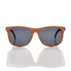 Wood Baby Sunglasses by Hipsterkid allow babies to enjoy and explore a big, bright world without damaging their eyes. Baby Sunglasses, Gold Sunglasses, Mirrored Sunglasses, Gold Line, Gold Wood, Age, Baby Accessories, It Is Finished, Gifts