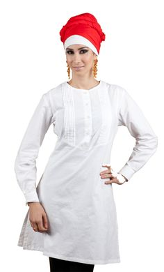 This kurti is both comfortable and stylish, perfect for any occasion! Round neckline,  buttons from neck to waist and graceful lines flowing at the front!