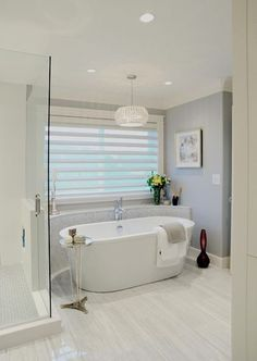 I want this bathroom...especially if the Property Brothers come over to do it!