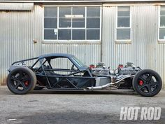 In this feature article HOT ROD takes a look at Yannick Sire's freaky twin-engine speed buggy which features a pair of small-block Chevy engines and many custom parts - Hot Rod Magazine Homemade Go Kart, Tube Chassis, Diy Go Kart, Unique Cars, Kit Cars, Custom Cars, Concept Cars, Muscle Cars, Hot Rods