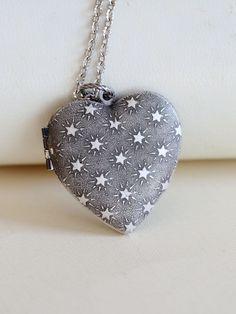El corazón de plata Locket NecklaceJewelryPendant Stars de emmalocketshop