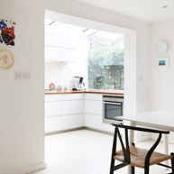 Photographic location house in Clapton East London modern retro stylish Long Kitchen, New Kitchen, Kitchen Ideas, House Extensions, Kitchen Extensions, Glass Room, Cool Kitchens, Small Kitchens, Kitchen Doors