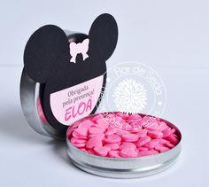 Lembrança Infantil Minnie - latinhas personalizadas com tag em scrapbook