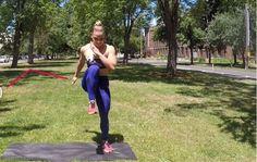 Vier oefeningen en vier minuten tijd: meer heb je volgens fitnessfenomeen Kaisa Keranen niet nodig om tijdens de vakantie in topvorm te blijven. Zij legt d...
