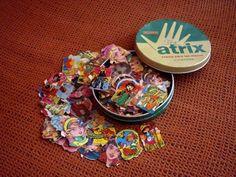 Un tesoro para jugar con la palma de la mano 90s Games, Nostalgia, Daddy, Happy Words, Retro Toys, Sweet Memories, My Memory, Old Toys, Vintage Advertisements