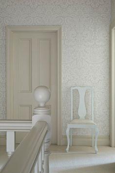 Wall:- Farrow & Ball 'Silvergate' BP 810 Paint:- Farrow & Ball 'Joa's White' 226