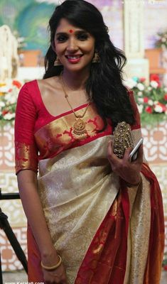 Beautiful lady from India Elegant Indian Saree CLICK VISIT above for more options