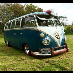 """"""".com or check out our Resto Pics on FB """"Skinner Classics VW Restorations"""". Your Split Bus Devotee in Nor-Cal, 30+ years!  #aircooled#bus #kombi#deluxe #busporn #split #scvwr #vw #slammed #lowbus #stock #vdubs #patina #earlies #bagged #low #hoodride #abandonedvw #rusty #vwlife #german #vwrestoration #norcal #stance _____________________________________ TAG: @skinnerclassics ●Photo Share● ☆vw☆vw☆vw☆vw☆vw☆vw☆vw☆ Bus Features Only! #hotvws #seablue"""" Photo taken by @skinnerclassics on…"""
