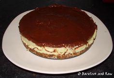 Chocolate cheesecake, pure decadence with every slice :) Chocolate Cheesecake, Raw Food Recipes, Tiramisu, Pure Products, Ethnic Recipes, Chocolate Chip Cheesecake, Raw Recipes, Tiramisu Cake