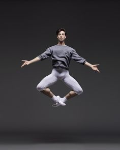 Joseph Walsh by Erik Tomasson Dancer Photography, Male Ballet Dancers, Anatomy Poses, Human Poses, Dynamic Poses, Dance Poses, Body Poses, Modern Dance, Action Poses