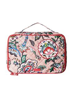 From organizing makeup bags to waterproof options, we've rounded up the 15 best makeup bags from brands like Sephora, Vera Bradley, and Longchamp. Cosmetic Train Case, Travel Cosmetic Bags, Beauty Essentials, Beauty Hacks, Charlotte Tilbury Makeup, Makeup Bag Organization, Makeup Case, Hair Tools, Makeup Yourself