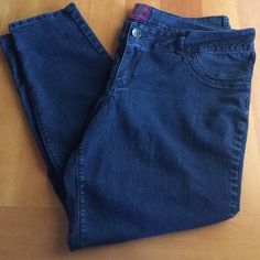 """Dark Torrid Skinny Jeans plus size 26 Dark pair of Torrid Plus size skinny jeans size 26. Preowned condition in good care with some wear from use. Inseam is approx 32% and rise 12"""" material: 79% cotton 19% polyester 2% spandex. torrid Jeans Skinny"""