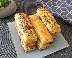ANDI GLUTÉNMENTES KONYHÁJA: BACONÖS-SAJTOS STANGLI NUTRI FREE MIX PER PANE LIS... Hot Dog Buns, French Toast, Bread, Breakfast, Blog, Recipes, Morning Coffee, Brot