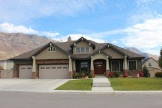 Craftsman Style Design Ideas, Pictures, Remodel, and Decor - page 6