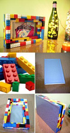 Portaretratos hecho con LEGO