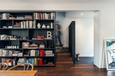 http://freshome.com/2015/02/22/narrow-dwelling-in-toronto-converted-into-bright-family-refuge-the-contrast-house
