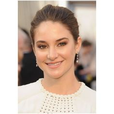 Oscar Beauty. Get The Look of Shailene Woodley Claire Danes, Anna... ❤ liked on Polyvore featuring shailene woodley, pictures, aquata and people