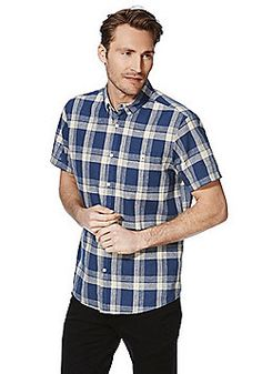 Explore a fantastic range of clothing from F&F at Tesco, with all the latest styles in kids', men's and women's clothes. Casual Shirts For Men, Men Casual, Wimbledon, Latest Fashion, Fashion Outfits, Clothes For Women, Sleeve, Mens Tops, Blue