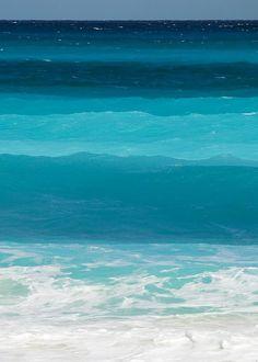Ocean blue color inspiration.  :) Blue wwwaves | Beautiful Ocean