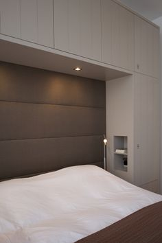 that recessed alcove is great! Master Bedroom Design, Dream Bedroom, Home Bedroom, Bedroom Decor, Bedrooms, Bedroom Built Ins, Bedroom Storage, Bedroom Wardrobe, Bedroom Layouts