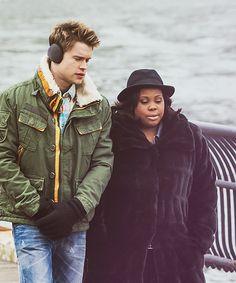 Glee: Sam (Chord Overstreet) and Mercedes (Amber Riley)