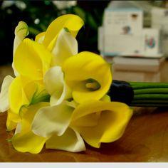 Wedding flowers  pinterest.com/... #hamptoninnmonroeville  www.facebook.com/... #pittsburghhotel