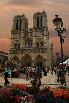 Notre-Dame de Paris at sunset