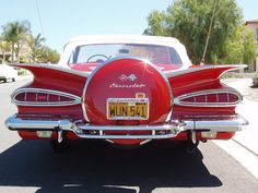 Vintage Chevrolet. Oh mama. What I would do for you!
