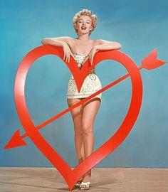 Marilyn Monroe, circa 1951-52Photographer: Art Adams  (viacheross)