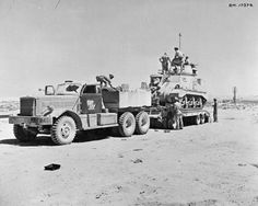 BRITISH ARMY NORTH AFRICA 1942 (E 15577)   A Grant tank loaded onto a Diamond T transporter, 13 August 1942.