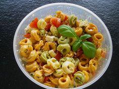 Tortellini - Salat mit Schafskäse und Tomaten 1