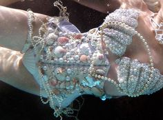 Shell corset and shell bra looks beautiful in underwater photography