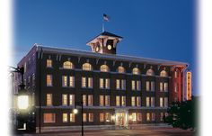 Wichita, KS - Hotel at Old Town features richly furnished rooms, many with balconies, in a 1906 downtown building. Suites have full kitchens, and you're within easy distance of shopping and restaurants.